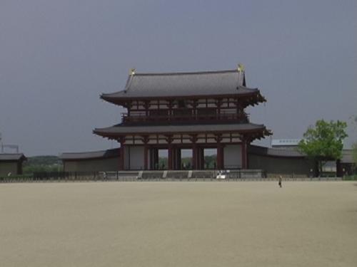 the Suzaku gate/朱雀門 in Nara city
